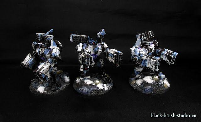 Black Brush Studio - Miniature painting services: Tau Empire: XV88 Broadside Battlesuit in Winter Camo Scheme