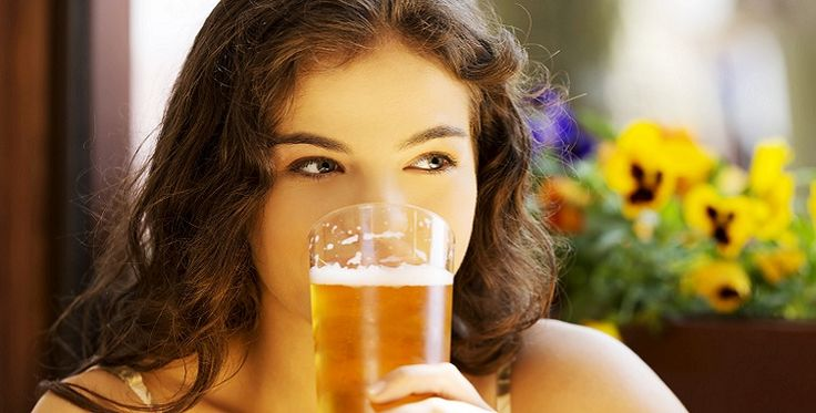 Here Are Some Remarkable & Surprising Benefits Of Drinking Beer!  http://theblissbasket.com/here-are-some-remarkable-surprising-benefits-of-drinking-beer/
