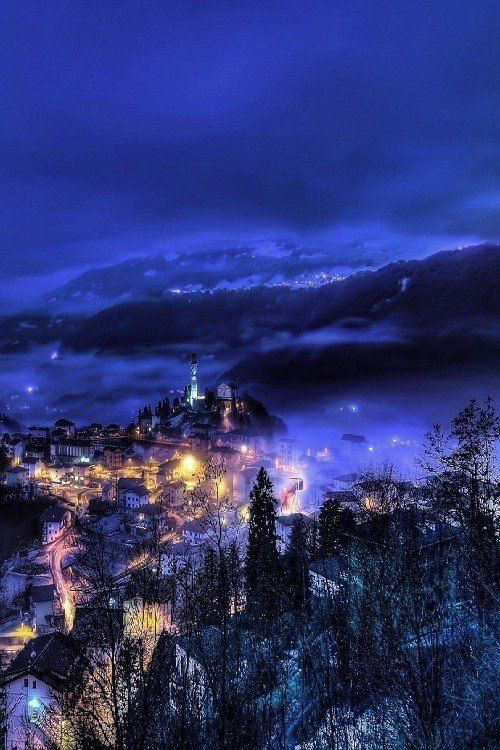 Рота-д'Иманья и ночь, Испания