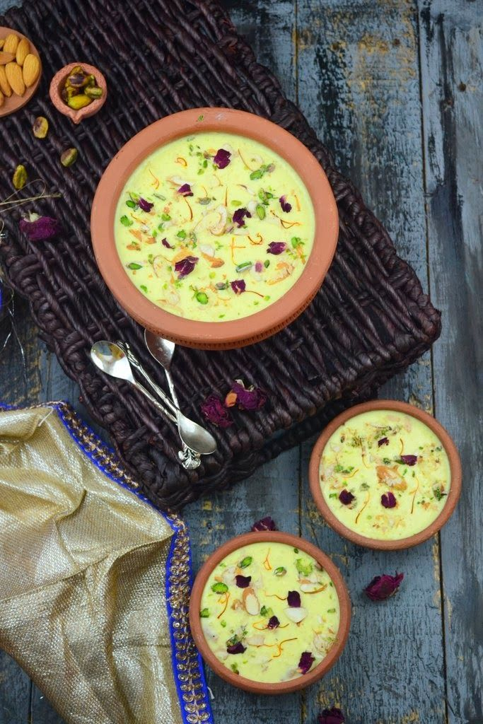 Gobhi ki kheer or cauliflower pudding is a delicious Indian dessert made using cauliflower as the main ingredient. A must try Indian recipe #Indiansweets #IndianDesserts