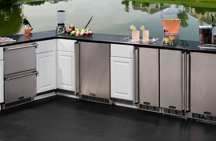 MARVEL Outdoor Suite - refrigerated drawer, beverage center, refrigerator, beer dispenser #stainless #undercounter