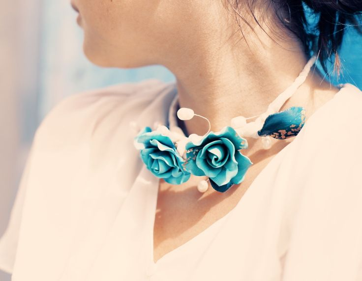 Polymer clay blue roses necklace.