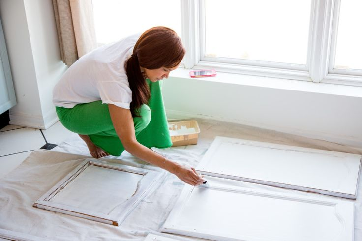 DIY: How to Paint Wood Kitchen Cabinets