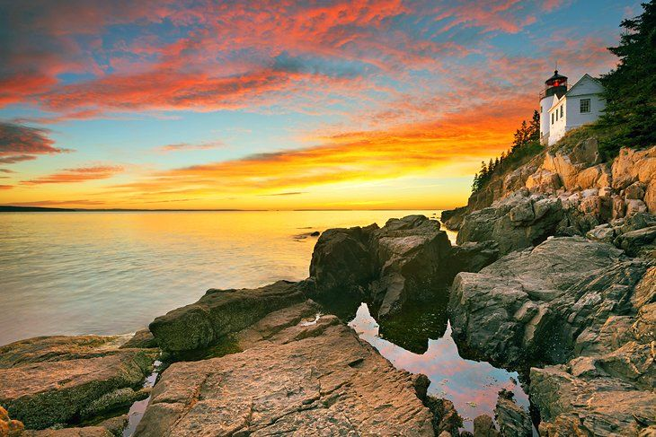 12 Beautiful Places To Visit In The Northeast Usa East Coast Travel East Coast Vacation Beautiful Places To Visit
