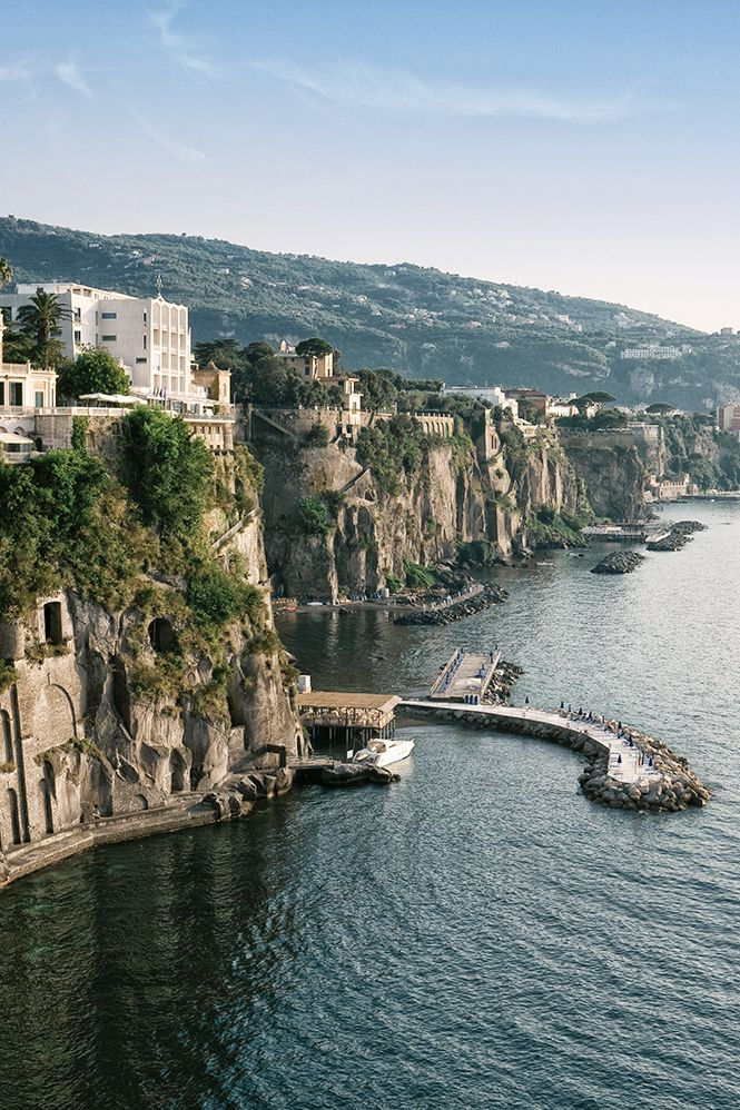 i want to visit italy essay The country i would like to visit is italy 8 reasons why i want to visit italy italy is famous for its cuisine, fashion and design industry, fashion, architecture.