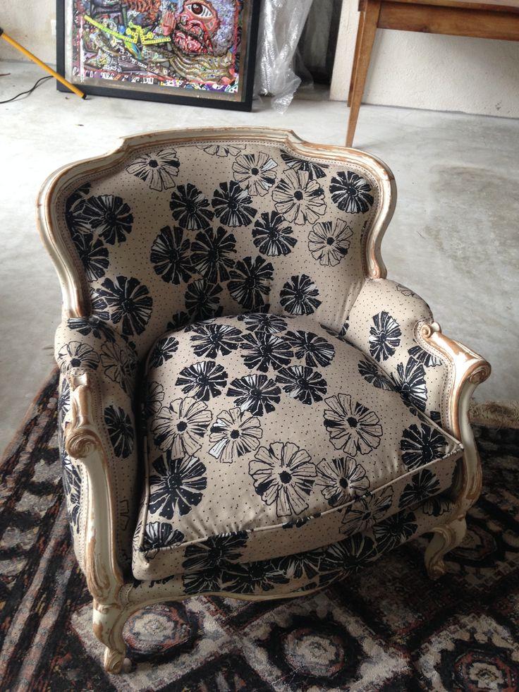 1000 id es sur le th me fauteuil crapaud ancien sur pinterest fauteuil crap - Fauteuil crapaud velours beige ...