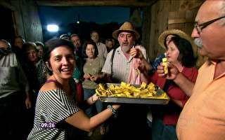 Equipe do Mais Você é presenteada com um 'filó', festa típica italiana