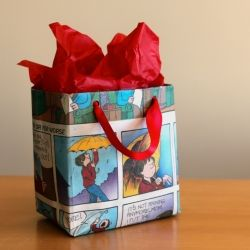 Make your own gift bag out of newspaper!