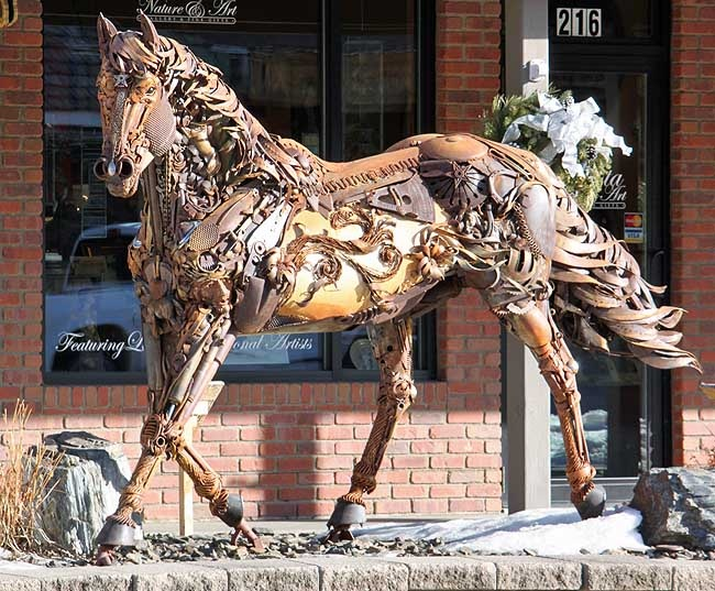 Found this on here today! I actually have a picture of the same exact horse sculpture! It was the coolest thing I've ever seen!:)