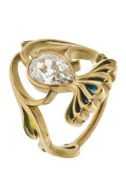 'Thistle Flower' ring, by René Lalique, circa 1898/1900, composed of diamond, gold and enamel. #ArtNouveau #Lalique #ring