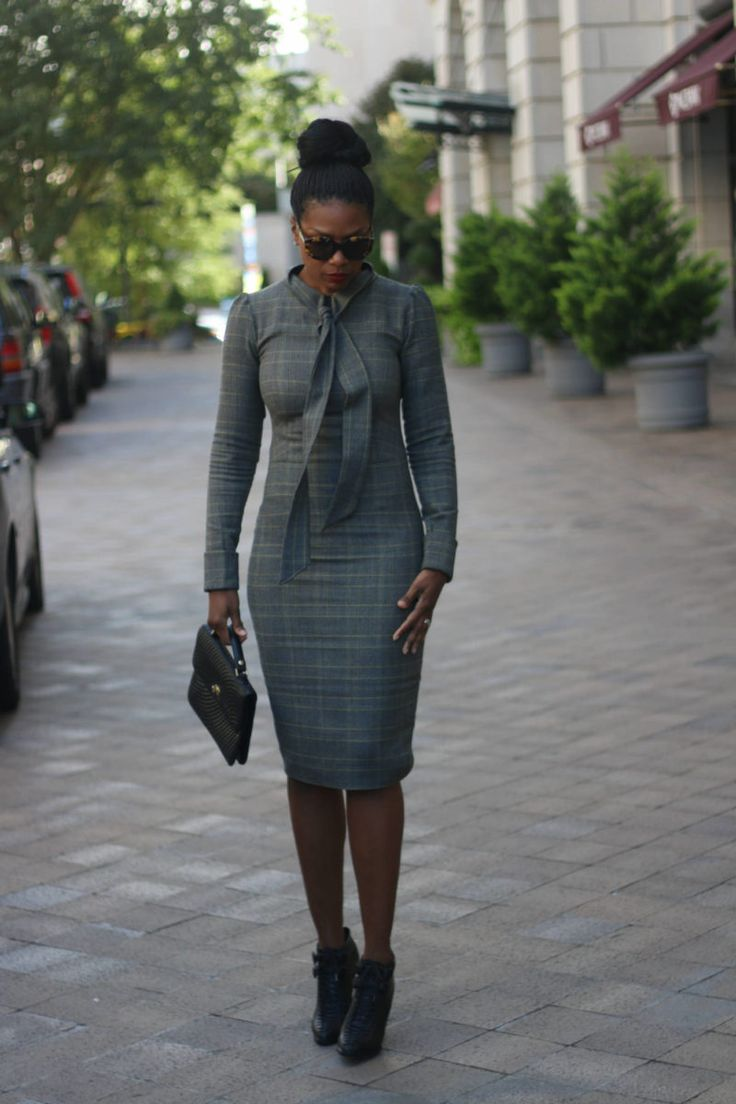 Mood Style: Neck Tie Pencil Dress | I can't begin to tell you how much I love fall and making cool weather clothes.  If I could get away with wearing wool dresses and coats year round, I would.