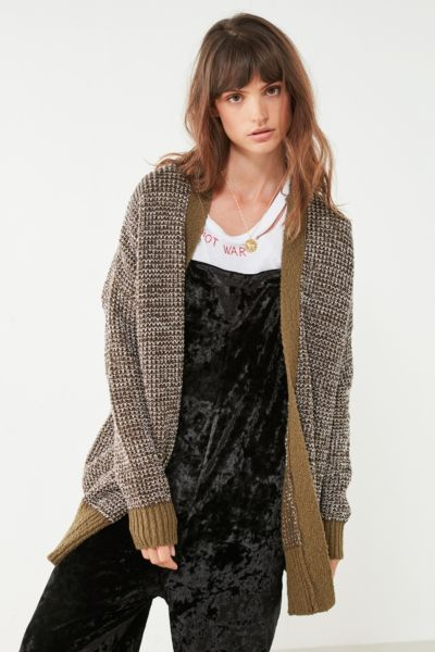Shop BDG Carson Cotton Cardigan at Urban Outfitters today. We carry all the latest styles, colors and brands for you to choose from right here.