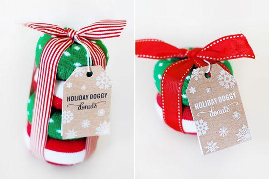 15 DIY Dog Christmas Gifts for Dogs & Dog Lovers   Pretty Fluffy   Pretty Fluffy