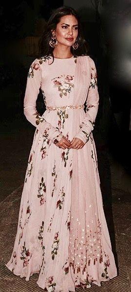 Floral Lehenga from Mahima Mahajan http://thehauterfly.com/fashion/the-week-in-style-may-27-june-3-2017/