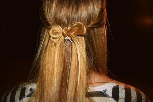 : Hair Ideas, Hairbows, Flower Girls Hair, Bridesmaid Hair, Makeup, Long Hair, Cute Hair, Hair Style, Hair Bows