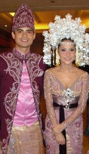 #PengantinMinang #Minang #Wedding #Suntiang #Silver #ArtisMinang