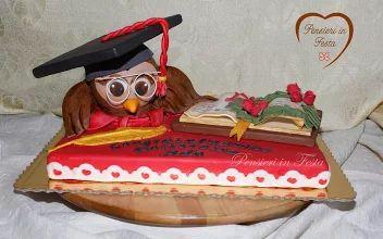 Foto: Laurea economia - cake - Pensieri in Festa