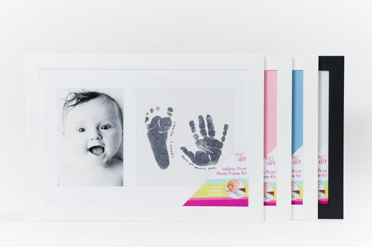 Capture this moment forever by capturing a permanent keepsake of your baby's hand or footprint with this all in one MESS FREE Print Photo Frame kit.