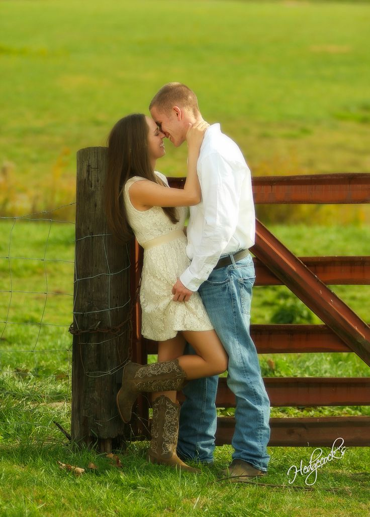 country engagement pictures. farm engagement pictures. cowboy boots.