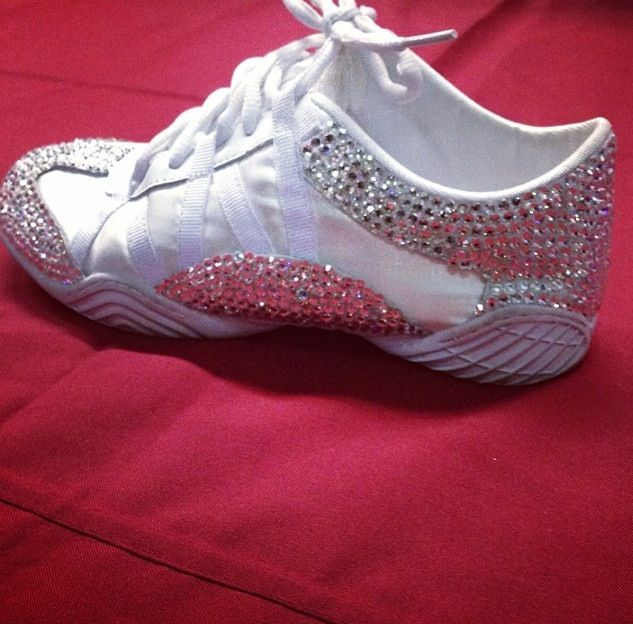 differently new appearance new cheerleading shoes for kids