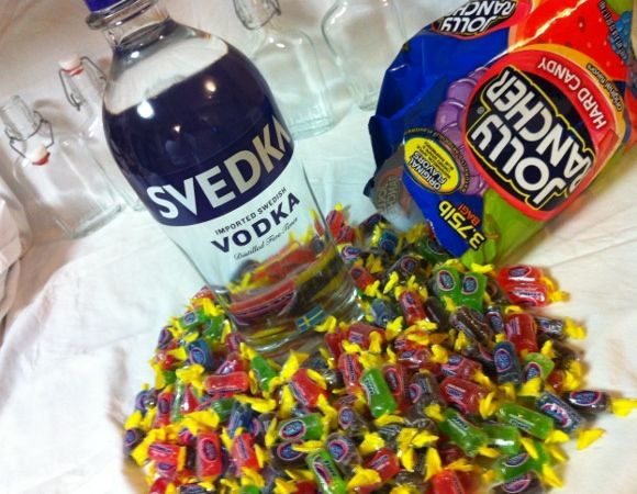 Jolly Rancher Vodka Tutorial(Great idea for shots)  Way easier than the Skittle tutorial!