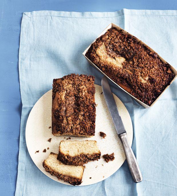 Vi har rystet posen og givet den eviggode drømmekage en chokoladelækker opdatering med sprød Twix. Få opskriften her!