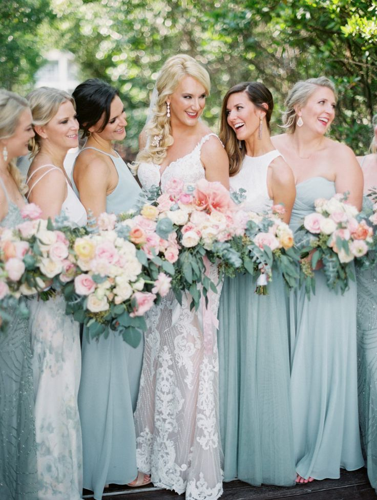 A Grand Coral Beach Club Wedding With Cotton Candy Hues In 2020