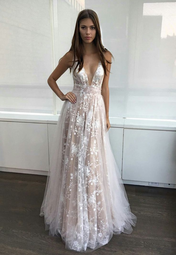 Best 25+ Flowy dresses ideas on Pinterest | Long dresses ...