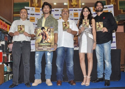 'Commando' Movie DVD Launch - Vidyut Jamwal, Pooja Chopra, Jaideep Ahlawat