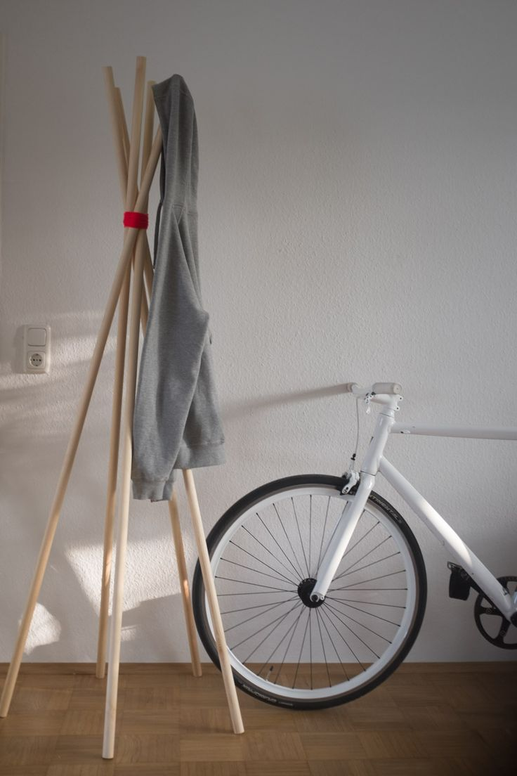 Garderobe in 5 Minuten. Anleitung zum nachbauen auf dem Button Website. (Cool Furniture Ikea Hacks)