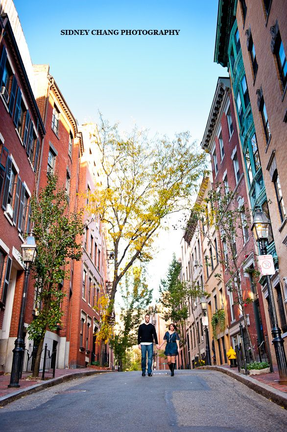 Annie + Nick | Charles Street Beacon Hill Boston Engagement Session | Boston Wedding Photographer » Sidney Chang Photography Blog #stunning  #fall  #engagementphotos