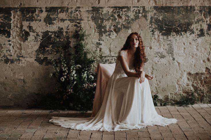 The Desire / Nora Sarman Bridal / photo Pinewood Weddings