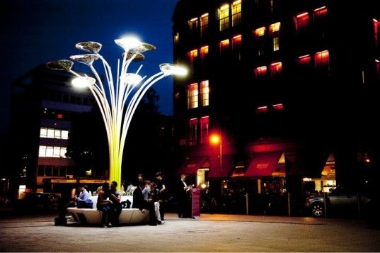 This incredible Solar Tree by designer Ross Lovegrove was unveiled last weekend in London as part of Clerkenwell Design Week. By absorbing the sun's rays, the solar sculpture brings together LED lighting and solar panels and illuminates the surrounding St. John's Square at night.