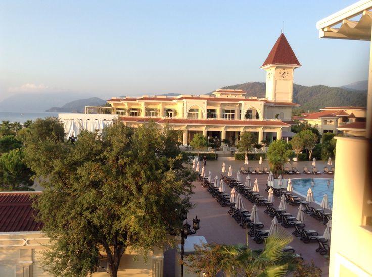 Top hotel .....