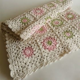 Manta crochet - cuadraditos