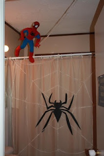 1000 images about monkeys spiderman bathroom on pinterest for Spiderman bathroom ideas