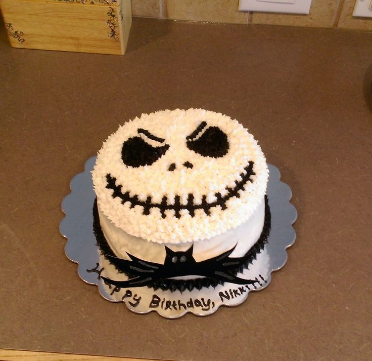 Kate Bakes Cakes: Its Beginning to Look a Lot like (The Nightmare Before) Christmas. I made this Jack Skellington cake for my friend's birthday and for once remembered to provide a video tutorial on the frosting smoothing technique- my Christmas gift to you. Did I mention, this was my first paying gig? Why, yes, I AM proud of myself, thank you for asking. :-p