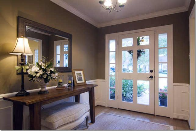 pretty entry way: The Doors, Decor Ideas, Entry Tables, Dreams Houses, Entry Ways, Front Doors, Rooms Colors, Pictures Frames, Entry Hall