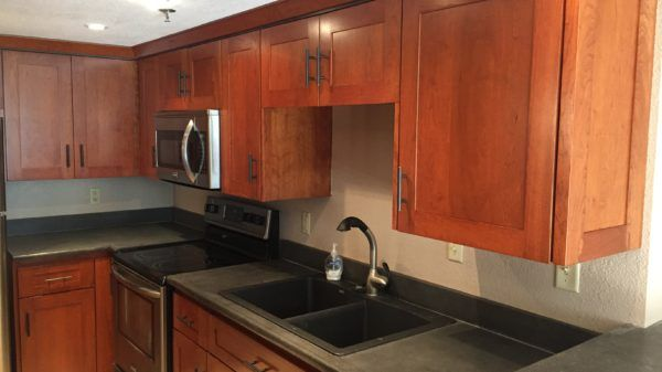 Great Blatz Condo For Rent! Tons Of Ammenities! Call Us Today!!