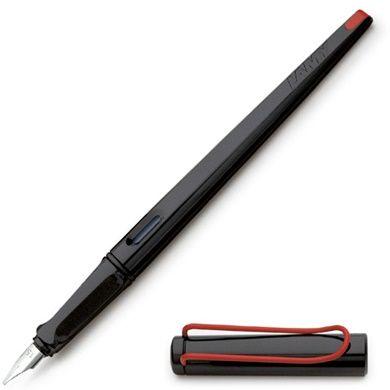 Lamy Joy Calligraphy Kalligrafipenna hos Pen Store - Billiga, snabba och vassast på pennor - frakt till hela Sverige!