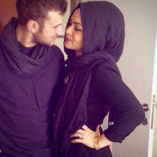 Image via We Heart It #couple #love #muslim #wife #halal