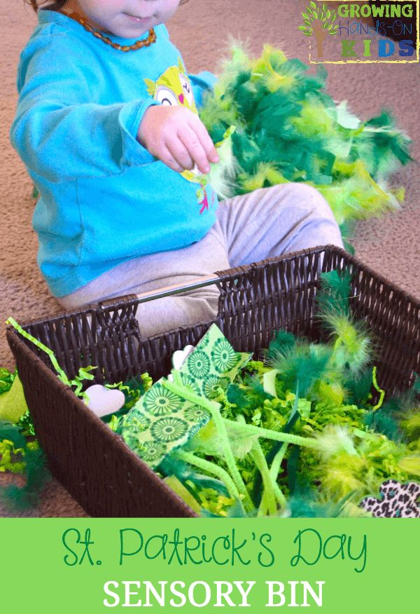 fun St. Patrick's Day sensory bin for toddlers and preschoolers.