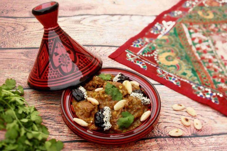Marocký tažín z hovězího masa se sušenými švestkami a mandlemi // Ochutnejte svět - blog mezinárodní kuchyně