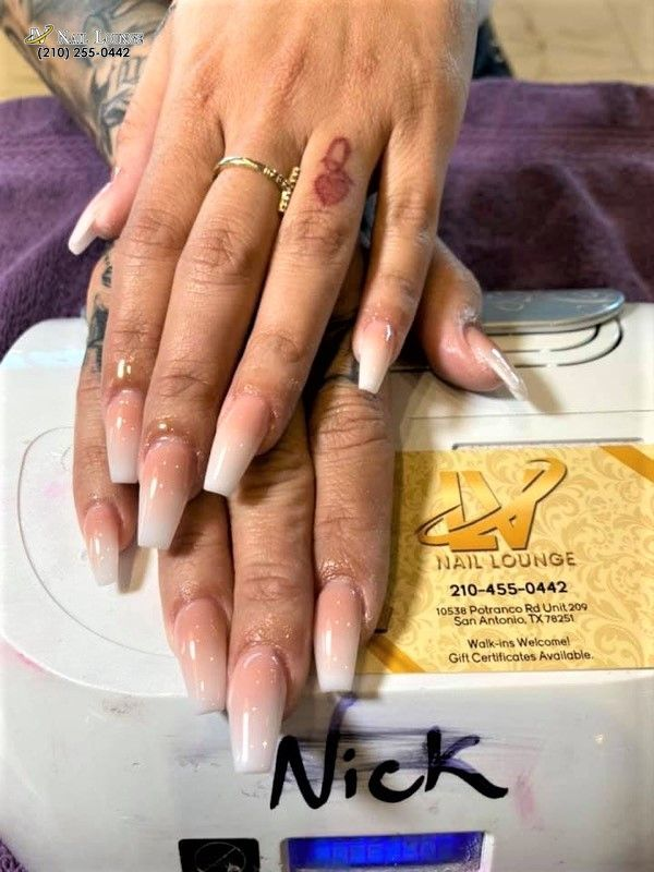 Nothing Can Improve Your Mood Like A New Manicure Lv Nail Lounge 10538 Potranco Rd Unit 209 San Antonio Tx 7 In 2020 Les Nails Nail Repair Manicure