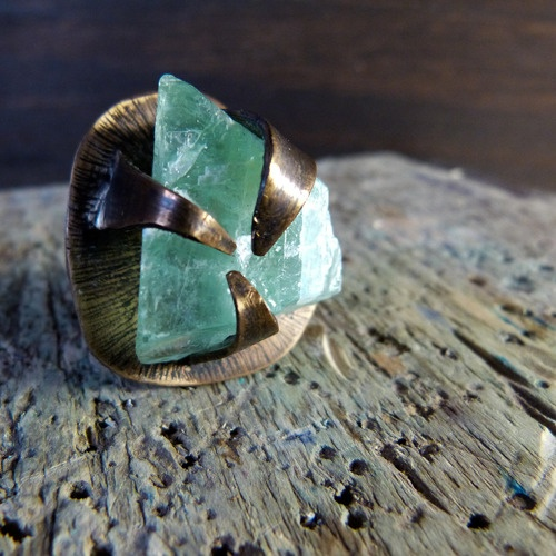 OOAK Lily Of The Valley ring. Made it with bronze and a green mexican calcite rock.
