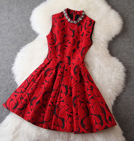 Beaded Floral Dress In Red VG122805NM
