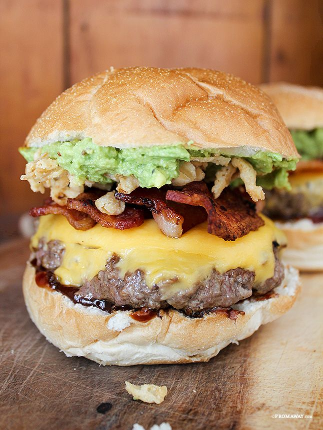 Today's Sandwich: Big Barbecue Burgers (Homemade)