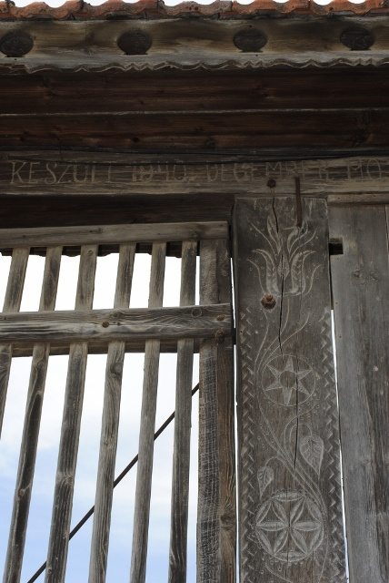 secler gate's detail