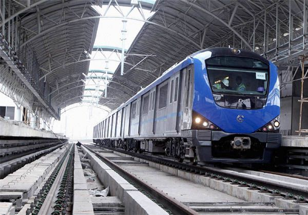 Ongoing project work of Chennai Metro Rail Phase II will sure reduce the travel time and save time for the commuters travelling across the city. #TransportUpdates #ChennaiUngalKaiyil.
