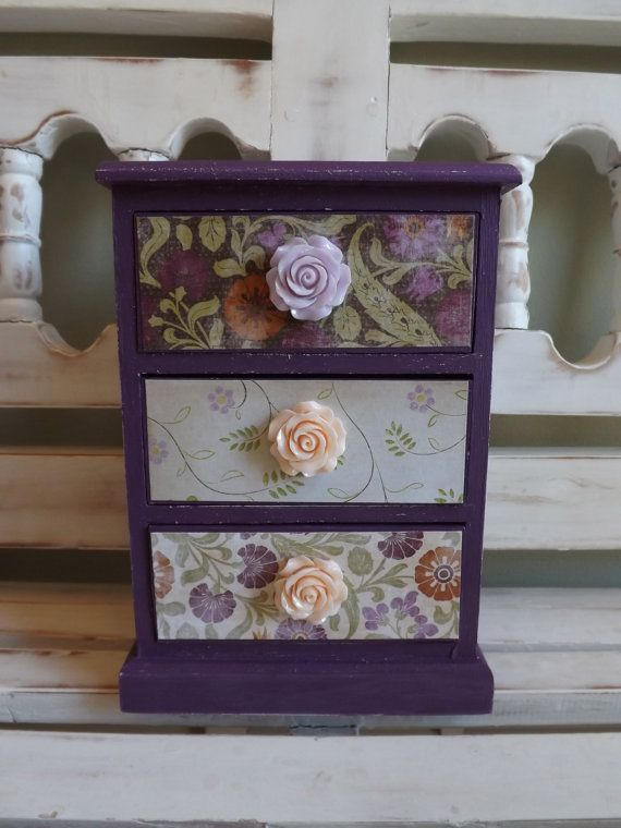 Vintage Jewelry Box Trinkets Chest Collectibles by DippityDaisy, $46.00